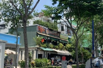 Bán nhà MT Bến Vân Đồn, P2, Q4, DT: 12,75x32m, công nhận: 413,7m2, giá: 150 tỷ TL. LH: 0967666667