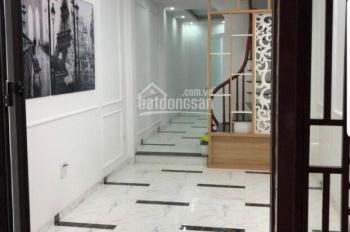 Bán nhà DT 45m2 * 5T xây mới phố Hồng Hà, Hoàn Kiếm, giá 3.4 tỷ, LH: 0989737045