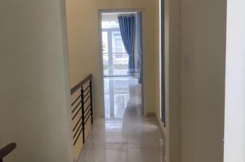 Cho thuê nhà đẹp mới hoàn thiện KDC Center Hills, trệt 3 lầu, thích hợp làm công ty, showroom, spa