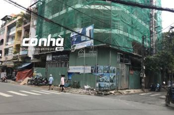 Nhà góc hai mặt tiền khu văn phòng công ty phường 14 quận Tân Bình. DT: 12x18m, 3 lầu, có nhà