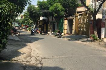Bán nhà MTKD đường Nhất Chi Mai P13 Q Tân Bình : 5,3 x 26m 2 lầu sân thượng .