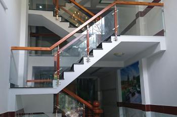 Bán nhà 1 trệt 4 lầu ngay mặt tiền Trần Thị Hè, SHR