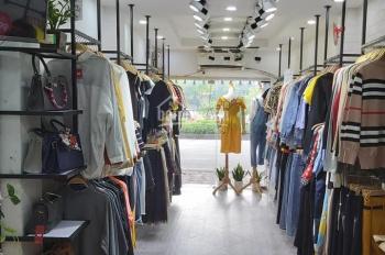 Cho thuê nhà mặt phố chùa láng Dt  40m 2 tầng MT 3,5m giá 14 triệu