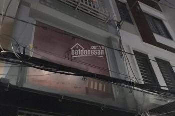 Cho thuê nhà 5x20 1trệt, 1lầu, 3PN đường Huỳnh Tấn Phát gần ngã tư phú thuận 10tr/tháng 0935883633