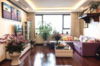 Tôi cần bán căn hộ 2pn full nội thất - Platinum Nguyễn Công Hoan