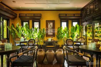 Cho thuê nhà nguyên căn nhà mặt tiền, 10mx35m, P. Phạm Ngũ Lão, Q. 1. Tiện làm nhà hàng, bar, cafe