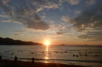 Bán lô đất hẻm đường Dương Hiến Quyền, cách biển 100m, Nha Trang. DT 73m2, giá 2.9 tỷ, 0366282968