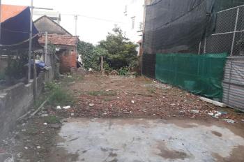 Bán đất Yên Nghĩa vị trí đẹp DT 42 - 45m2 vuông vắn, gần bến xe ô tô cách 20m không 1 lỗi lầm