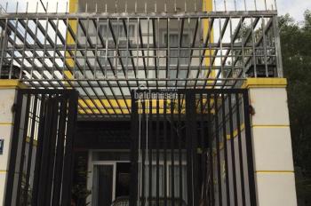 Bán nhà phố 1 trệt 2 lầu, trung tâm Q9 đường Lò Lu, DT 90m2, 4 tỷ 8, tặng nội thất, LH 0909980787