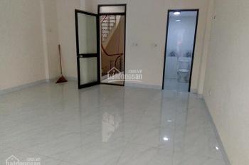 Cho thuê phòng khép kín giá 2tr - 3.5tr/th ngõ 7 Thái Hà, gần Tây Sơn, Chùa Bộc, Thái Thịnh