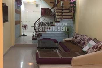 Cho thuê nhà 4 tầng, full đồ, 193 Văn Cao, giá 12 tr/th. LH: 0704197668