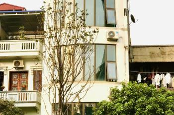 Chính chủ cần bán nhà mặt phố đầu đường Nghi Tàm, quận Tây Hồ. Mặt tiền 6m, DT 91m2 x 4 tầng, sổ đỏ
