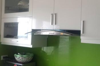 Cho thuê gấp CHCC Xuân Mai Complex, có tủ bếp, điều hòa nóng lạnh, giá 6tr/tháng. 0912700518