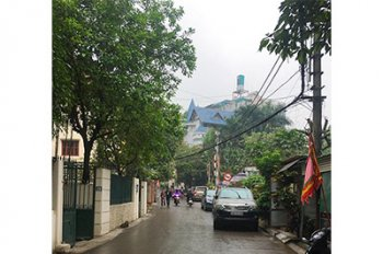 Phân lô, garage ô tô, gần Hồ Tây, 55m2 x 5 tầng, ngõ 10 Võng Thị, giá đẹp 8.8 tỷ
