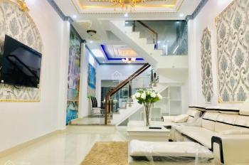 Mình mới xây xong căn nhà 2 tầng, DT 4 x 16m, vừa qua cầu Phú Xuân 100m, sổ riêng 100% giá 3,55tỷ
