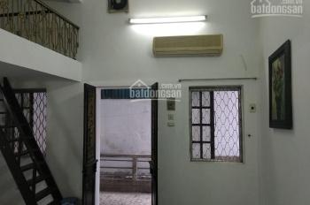 Nhà riêng phố Tôn Đức Thắng 47m2, 1PK + 1PN, giá 5tr/tháng, LH: 0976848695