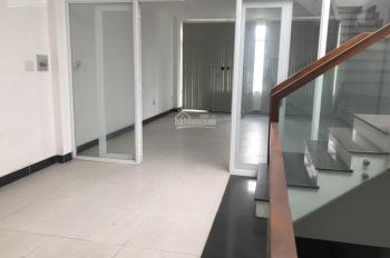 Cho thuê lầu 2 văn phòng mặt tiền đường Lê Thị Riêng, gần Ủy ban Quận 12 (5x16m)