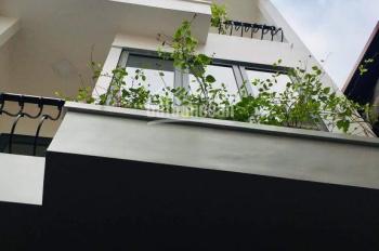 Bán nhà phố Trần Khát Chân 39m2, giá 3.3 tỷ