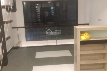 Cho thuê nhà 5 tầng Cổ Nhuế 2, 45m2, NTCB, giá 11tr/tháng, LH 0936112596