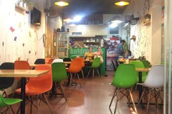 Sang nhượng quán ăn tại Nhân Chính, Thanh Xuân, DT 60m2 đã có lượng khách quen ổn định