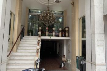 Cho thuê nhà mặt phố Văn Miếu DT 150m2 x7 tầng thông sàn có thang máy giá cho thuê 4 tầng 150 tr/th