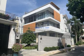 Cho thuê biệt thự hiện đại Thảo Điền - Kiến trúc sư nước ngoài thiết kế 100%