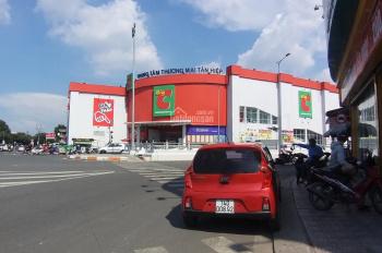 Cho thuê 3 căn nhà liền kề đường Đồng Khởi, ngay Big C, Biên Hòa, DT: 15x20m, 1 trệt 2 lầu