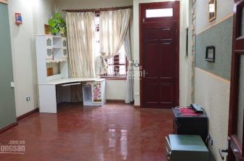 Cho thuê nhà Nguyễn Phúc Lai, Đống Đa 45m2x5 tầng, giá rẻ nội thất đẹp đường rộng LH 0978577188