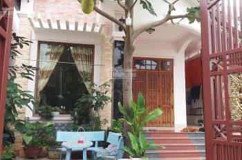 Cần bán villa vườn 2 MT thôn Phú Vinh. DT 235,9m2 giá tốt 4,2 tỷ, hỗ trợ lên thổ, LH Đức 0934787707
