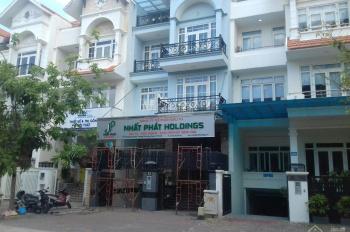 Cho thuê nhà mặt tiền KDC Him Lam Quận 7, tiện làm văn phòng, kinh doanh. LH 0399 804 518