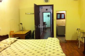 Cho thuê căn hộ đủ đồ thang máy phố Trần Hưng Đạo, Yết Kiêu giá 7,5 triệu/tháng