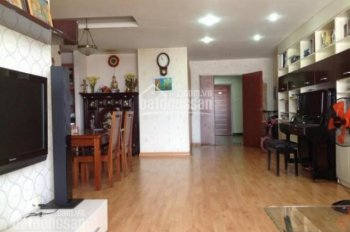 Chính chủ bán gấp căn hộ Đất Phương Nam Bình Thạnh 3PN DT: 141m2, sổ hồng, giá: 4tỷ 0906357955