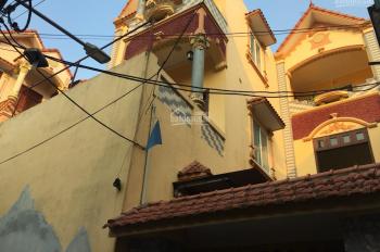 Bán nhà 3T 1 tum đẹp, Trùng Quán, Yên Thường, 104m2, MT 7.2m, hướng Tây Nam, nhà đẹp,3.45 tỷ