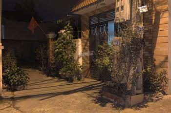 Gia đình cần bán nhà tại tổ 7 khu Kim Khí thị trấn Đông Anh