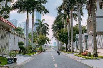 Bán gấp 3 lô đất mặt tiền đường Nguyễn Quý Đức P.An Phú, Quận 2 DT 30x20m giá 26 tỷ LHCC 0931448499