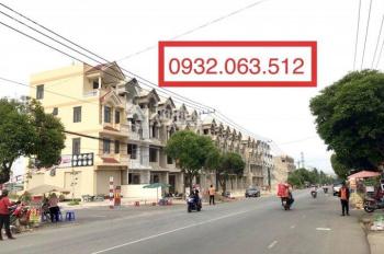 Ngộp ngân hàng cần sang lại căn nhà 1 trệt 3 lầu mới xây, sổ hồng hoàn công. LH: 0932063512