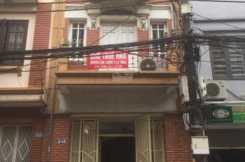 Chính chủ cho thuê nhà mặt phố Bạch Đằng, MT 5m, 100m2, 3 tầng 1 tum x 5 PN x 3 bếp x 3 WC riêng