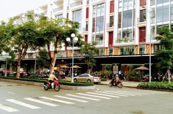 Cho thuê shophouse Vạn Phúc, diện tích 7x20m, 6 lầu, chỉ 50 triệu/th