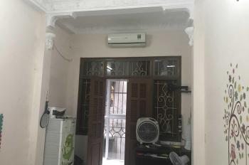 Chính chủ bán nhà ngõ Quan Thổ, phố Khâm Thiên, 3 tầng, 43,3m2, giá: 3,1 tỷ LH: 0979149819