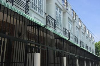 Bán nhà 1 trệt 1 lầu đối diện KDC Bình Chánh mới giá rẻ, sổ hồng riêng. LH 094.443.4499