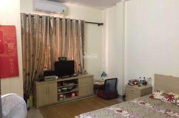 Cần bán nhà ngay ngã tư Bạch Mai, Phố Huế, DT 35m2, 3T, giá 2.7 tỷ