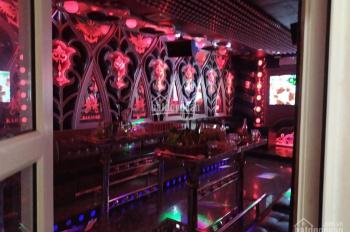Bán quán karaoke đang kinh doanh rất tốt đường Dương Tự Minh, giá 6,5 tỷ có thương lượng