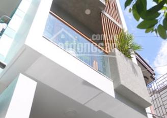 Gấp! Định cư bán gấp nhà HXH thông Lê Văn Sỹ, Tân Bình, DT: 113.4m2, 3 tầng mới đẹp, tặng nội thất