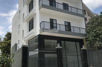 Cho thuê nhà làm VP An Phú An Khánh, 8x20m, 1 trệt, 3 lầu, trống suốt, giá 60 tr/th. 0933.780.260