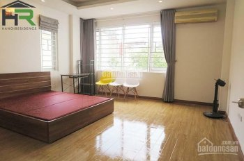 cho thuê nhà đẹp 5 phòng ngủ ở quận Ba Đình, Hà Nội.