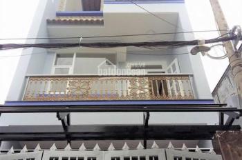 Nhà chính chủ hẻm xe hơi đường M1, Bình Tân, xây 2 lầu 4 phòng ngủ sổ hồng sang tên