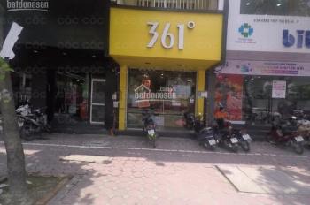 Cho thuê nhà MP Chùa Bộc DT 102m2*3T, MT 6,5m giá 180 tr/th