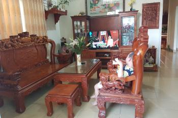 Cần bán gấp nhà đường Đình Phong Phú, Quận 9.Lh: 0971520086 chị Oanh