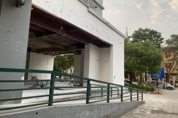 Chính chủ cần cho thuê mặt bằng kinh doanh 187m2 tầng trệt chung cư tại Nguyễn Cơ Thạch, Mỹ Đình 2