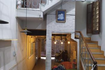 Chính chủ cần bán nhà mặt phố Quỳnh, diện tích 70m2. Giá 8.2 tỷ , LH:0985846417